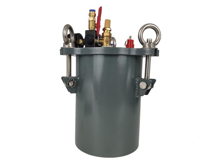 碳钢压li桶